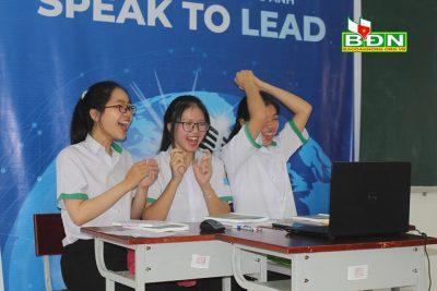 Học sinh Trường THPT Chuyên Nguyễn Chí Thanh lọt vào vòng chung kết Cuộc thi hùng biện tiếng Anh toàn quốc