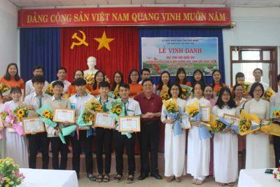 Lễ vinh danh học sinh giỏi Quốc gia và giáo viên phát hiện, bồi dưỡng học sinh giỏi Quốc gia năm học 2020-2021.