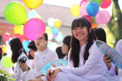 Phóng sự khai giảng Trường THPT Chuyên Nguyễn Chí Thanh